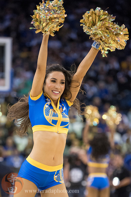 January 23, 2018; Oakland, CA, USA; Golden State Warriors Dance Team dancer Sidney during the fourth quarter against the New York Knicks at Oracle Arena. The Warriors defeated the Knicks 123-112.