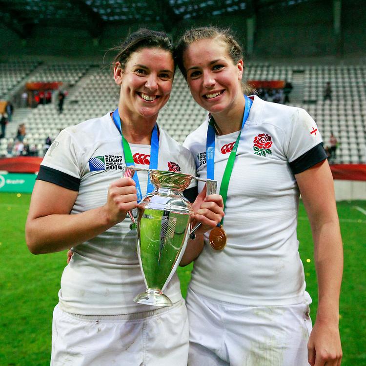 Sarah Hunter and Emily Scarratt. WRWC England v Canada, World Cup Final at Stade Jean Bouin, Avenue du Général Sarrail, Paris, France, on 17th August 2014