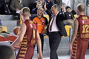 DESCRIZIONE : Campionato 2013/14 Acea Virtus Roma - Umana Reyer Venezia<br /> GIOCATORE : Zare Markovski Lorenzo Baldini<br /> CATEGORIA : Allenatore Coach Mani Fair Play Arbitro<br /> SQUADRA : Umana Reyer Venezia<br /> EVENTO : LegaBasket Serie A Beko 2013/2014<br /> GARA : Acea Virtus Roma - Umana Reyer Venezia<br /> DATA : 05/01/2014<br /> SPORT : Pallacanestro <br /> AUTORE : Agenzia Ciamillo-Castoria / GiulioCiamillo<br /> Galleria : LegaBasket Serie A Beko 2013/2014<br /> Fotonotizia : Campionato 2013/14 Acea Virtus Roma - Umana Reyer Venezia<br /> Predefinita :