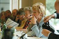 """25.06.1998, Germany/Bonn:<br /> Christine Bergmann, SPD, 2. Bürgermeisterin Berlin, SPD Veranstaltung """"Neue Politik - Neue Chancen für die Städte"""", Beethovenhalle<br /> IMAGE: 19980625-02/01-26"""