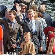 NLD/Dordrecht/20150427 - Koningsdag 2015 in Dordrecht, aankomst Koninklijk Familie per boot