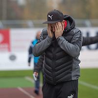 17.11.2019, Marschwegstadion, Oldenburg, GER,RL Nord, VfB Oldenburg  vs Holstein Kiel II U23, im Bild<br /> Fabian RAUE (Holstein Kiel #Trainer ) <br /> Foto © nordphoto / Rojahn