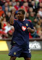 Fotball<br /> Photo. Glyn Thomas, Digitalsport<br /> Norway Only<br /> <br /> Charlton Athletic v Portsmouth. FA Barclaycard Premiership. <br /> The Valley, Charlton, London. 10/04/2004.<br /> Portsmouth's Yakubu Aiyegbeni celebrates scoring his side's equaliser.