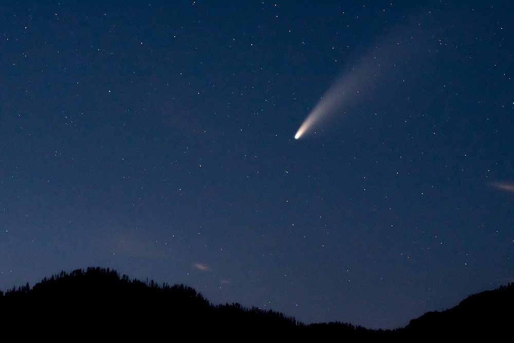 Comet Neowise shines bright in the evening sky.