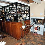 Restaurant 't Jagerhuis Dorpstraat Lage Vuursche, bar en open haard