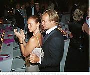 Stella McCartney and Sting. Serpentine Gala. 20 June 2000. <br />© Copyright Photograph by Dafydd Jones 66 Stockwell Park Rd. London SW9 0DA Tel 020 7733 0108 www.dafjones.com