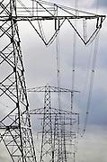 Nederland, DFodewaard, 9-10-2011Hoogspanningsmast met stroomkabels.Foto: Flip Franssen/Hollandse Hoogte