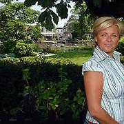 NLD/Amstelveen/20070524 - Presentatie LIEF kledinglijn, Caroline Tensen