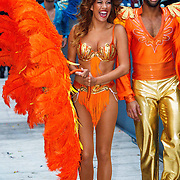 NLD/Amsterdam/20150530 - Toppers concert 2015 Crazy Summer edition, danseres