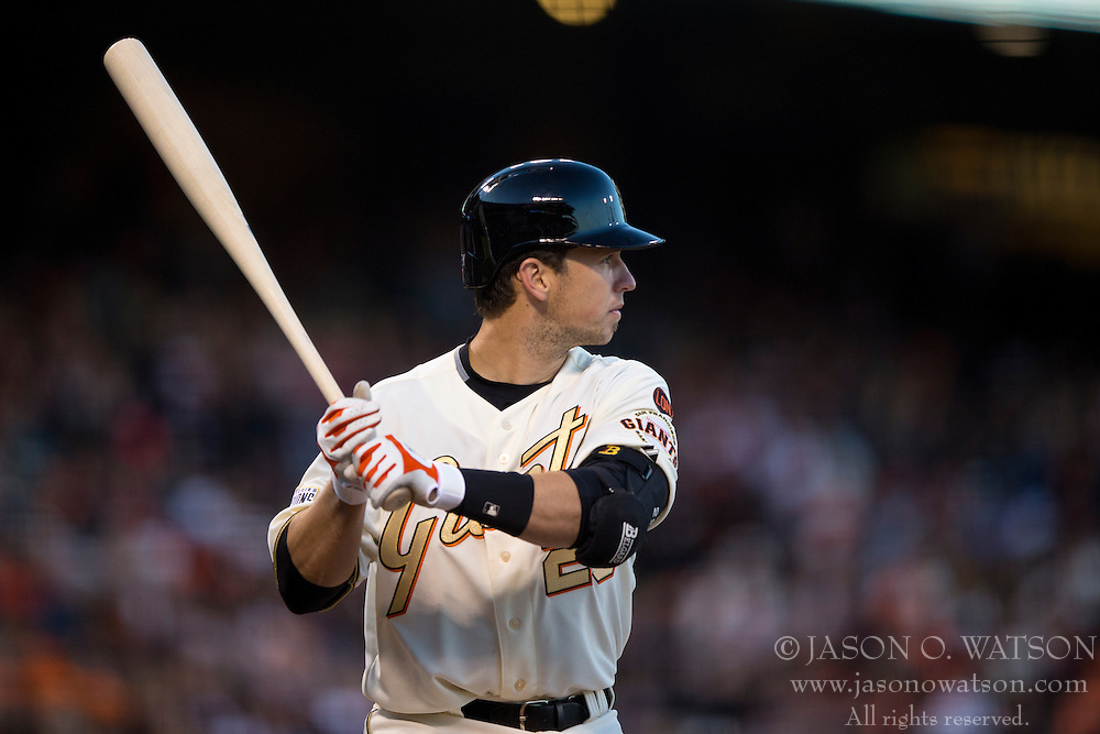 SAN FRANCISCO, CA - APRIL 18:  Buster Posey #28 of the San Francisco Giants at bat against the Arizona Diamondbacks during the fifth inning at AT&T Park on April 18, 2015 in San Francisco, California.  The San Francisco Giants defeated the Arizona Diamondbacks 4-1. (Photo by Jason O. Watson/Getty Images) *** Local Caption *** Buster Posey