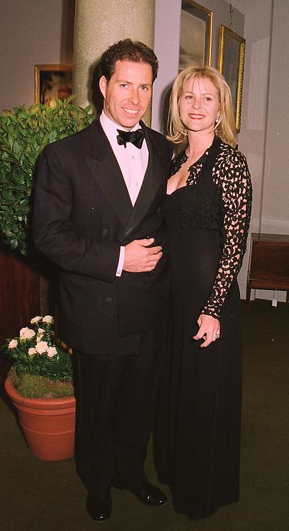 VISCOUNT & VISCOUNTESS LINLEY at a dinner in London on 19th May 1998.MHS 86