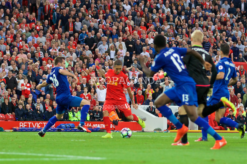 LIVERPOOL, ENGLAND - Saturday, September 10, 2016: Liverpool's Roberto Firmino scores the fourth goal against Leicester City during the FA Premier League match at Anfield. (Pic by David Rawcliffe/Propaganda)