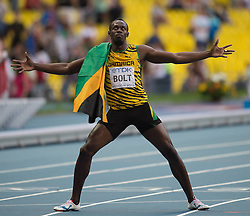 17.08.2013, Luzhniki Stadion, Moskau, RUS, IAAF Leichtathletik Weltmeisterschaft, im Bild Usain Bold nach seinem Sieg im Final Sprint auf 200 m // Usian Bold after his victory at the 200m FINAL during the IAAF world athletics championships at Luzhniki stadium in Moscow, Russia on 2013/08/17. EXPA Pictures © 2013, PhotoCredit: EXPA/ Newspix/ Marek Biczyk<br /> <br /> ***** ATTENTION - for AUT, SLO, CRO, SRB, BIH, TUR, SUI and SWE only *****