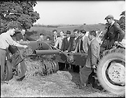 01/06/1955.06/01/1955.01 June 1955.Demonstration of Saville  silage equipment at Ardee Co. Louth. Special for McConnells.