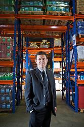 Cesar Folle, presidente da DR Suply, no departamento de estoque da sua empresa, em São Leopoldo/RS. FOTO: Jefferson Bernardes/Preview.com