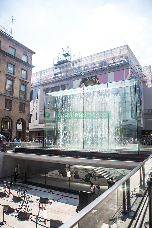 July 26, 2018 - Milan, Italy - The grand opening of the new Apple Store in Piazza Liberty, Milano, Italy, on 25 July 2018. The new Apple Store is designed by Stefan Behling, from Norman Foster Studio. (Credit Image: © Mairo Cinquetti/NurPhoto via ZUMA Press)