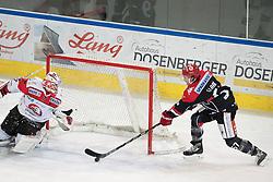 08.07.2016, Tiroler Wasserkraft Arena, Innsbruck, AUT, EBEL, HC TWK Innsbruck Die Haie vs HC Orli Znojmo, 8. Runde, im Bild 1:0 durch Andrew Clark (HCI Innsbruck) v.l. Patrik Nechvatal (Znojmo), Andrew Clark (HCI Innsbruck)// during the Erste Bank Icehockey League 8th Round match between HC TWK Innsbruck Die Haie and HC Orli Znojmo at the Tiroler Wasserkraft Arena in Innsbruck, Austria on 2016/10/08. EXPA Pictures © 2016, PhotoCredit: EXPA/ Johann Groder