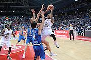 DESCRIZIONE : Pesaro Edison All Star Game 2012<br /> GIOCATORE : Roberts Douglas<br /> CATEGORIA : tiro penetrazione<br /> SQUADRA : All Star Team<br /> EVENTO : All Star Game 2012<br /> GARA : Italia All Star Team<br /> DATA : 11/03/2012 <br /> SPORT : Pallacanestro<br /> AUTORE : Agenzia Ciamillo-Castoria/C.De Massis<br /> Galleria : FIP Nazionali 2012<br /> Fotonotizia : Pesaro Edison All Star Game 2012<br /> Predefinita :