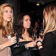 NLD/Hilversum/20081126 - DVD presentatie Gooische Meisjes, Bo Wilkes en Leslie Keijzer