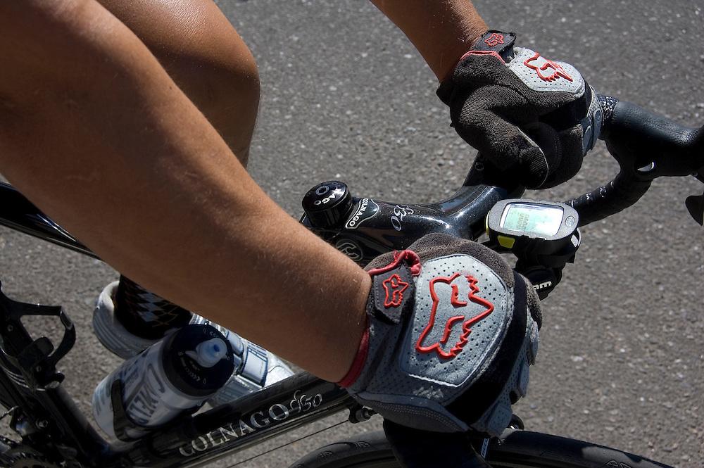 Holding handlebars. Bike-tography by Martha Retallick.