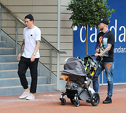Manchester United's Victor Lindelof and girlfriend Maja Nilsson were joined on a shopping trip into Manchester city centre by ex Man City player John Guidetti and his family on Tuesday afternoon.