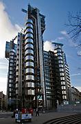 Londyn, 2009-10-23. Budynek Lloyds w londyńskim City