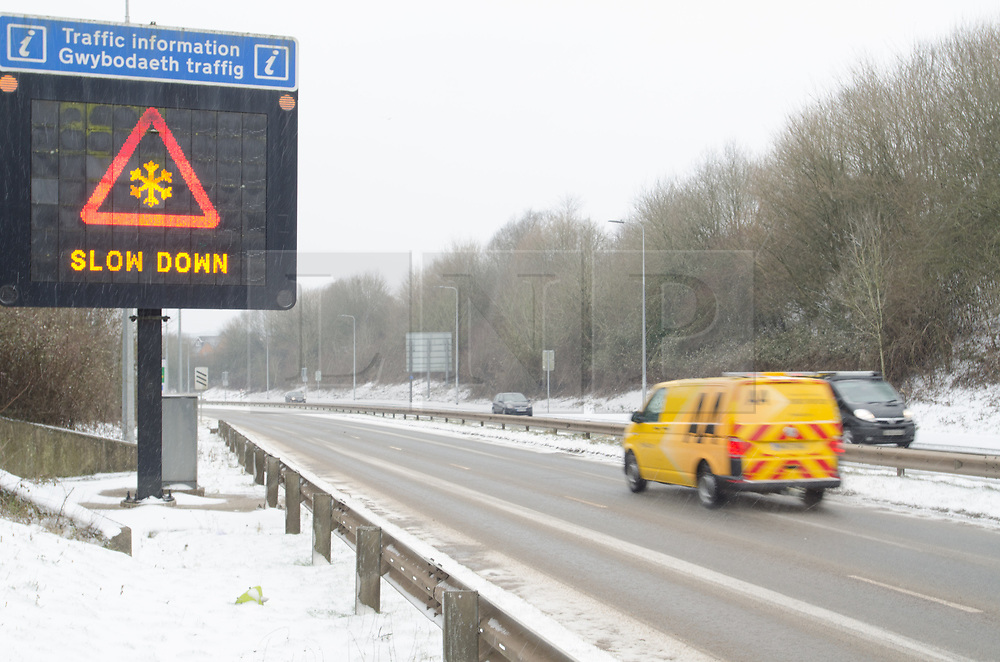 © Licensed to London News Pictures. 01/03/2018. Cardiff, UK.  A4232 Link Road, Cardiff Gate. Steady snow is giving way to blizzard conditions with the prospect of snowed in carriageways as Storm Emma begins to bite. Some drivers don't appear to be heeding warnings.   Photo credit: IAN HOMER/LNP