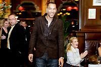 NISO galla prisutdeling<br /> Grand Hotel Oslo 7.11.08<br /> John Carew ankommer Grand Cafè<br /> <br /> <br /> <br /> Foto: Eirik Førde<br /> <br /> <br /> Foto: Eirik Førde