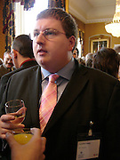 JONATHAN ISABY, Political Studies Association awards, 2005. Institute of Directors. Pall Mall. London. 29 November 2005. ONE TIME USE ONLY - DO NOT ARCHIVE  © Copyright Photograph by Dafydd Jones 66 Stockwell Park Rd. London SW9 0DA Tel 020 7733 0108 www.dafjones.com