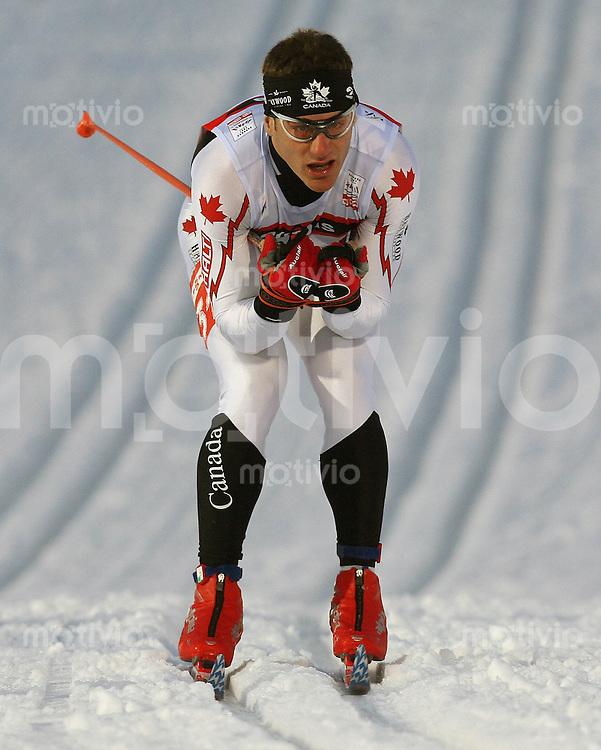 Sapporo , 220207 , Nordische Ski Weltmeisterschaft  Sprintrennen der Maenner ,  Sean CROOKS (CAN)