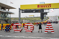 October 18, 2018 - Austin, United States - Fans during the 2018 Formula One World Championship, United States of America Grand Prix from october 18 to 21 in Austin, Texas, USA -  /   Motorsports: FIA Formula One World Championship; 2018; Grand Prix; United States, FORMULA 1 PIRELLI 2018 UNITED S GRAND PRIX , Circuit of The Americas  (Credit Image: © Hoch Zwei via ZUMA Wire)