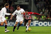 Fotball , 1 november 2005 , Champions League , PSV Eidhoven - Milan <br /> aktie van michael lamey voor psv. naast hem christian vieri voor ac milaan<br /> Norway only