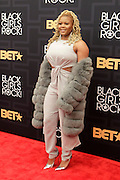 April 1, 2016- Newark, NJ: United States- Fashion Editor Claire Sumners attends the 2016 Black Girls Rock Red Carpet Arrivals held at NJPAC on April 1, 2016 in Newark, New Jersey. Black Girls Rock! is an annual award show, founded by DJ Beverly Bond, that honors and promotes women of color in different fields involving music, entertainment, medicine, entrepreneurship and visionary aspects.   (Terrence Jennings/terrencejennings.com)