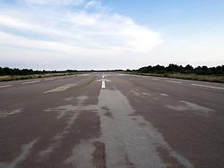 Aeroporto turistico Lecce-Lepore, sito sulla via che collega Lecce alla località marina di San Cataldo. Principalmente usato da aerei leggeri, al suo interno ha due hangar, una torre di controllo e vari uffici situati in una costruzione adiacente.