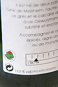 back label showing sweet dry scale domaine gerard neumeyer alsace france