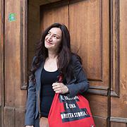 Milano, Italia, 2 Aprile 2021. Arianna Scommegna, 47 anni, attrice, Atir Ringhiera.