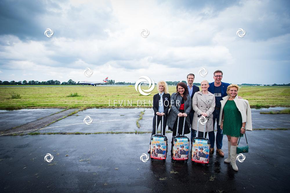 ROTTERDAM - Theater van de Klucht presenteert een nieuwe theaterproductie genaamd 'Boeing Boeing'. Met hier op de foto de Cast. FOTO LEVIN EN PAULA PHOTOGRAPHY VOF