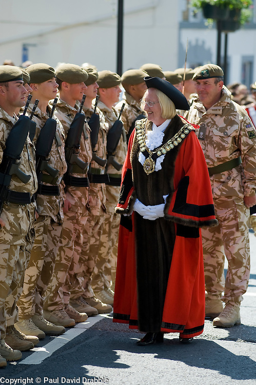 Mayor of Barnsley Cllr Margaret Sheard Inspects members of the Yorkshire Regiment.  Freedom Parade 3rd Battalion The Yorkshire Regiment Barnsley South Yorkshire  22 June 2010 .Images © Paul David Drabble.