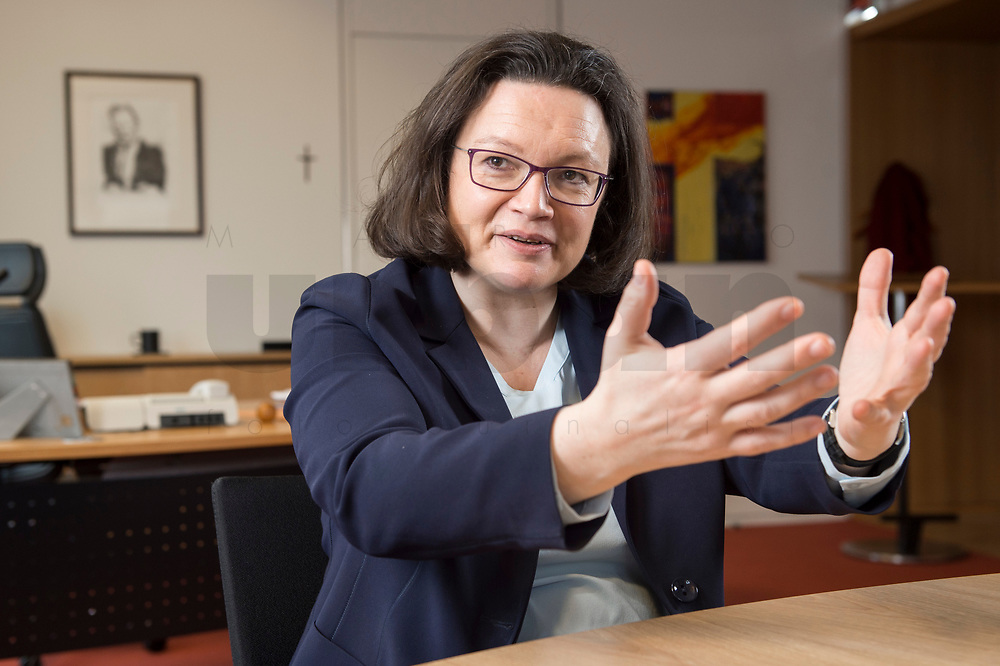 15 MAR 2018, BERLIN/GERMANY:<br /> Andrea Nahles, SPD Fraktionsvorsitzende, waehrend einem Interview, in ihrem Buero, Jakob-Kaiser-Haus, Deutscher Bundestag<br /> IMAGE: 20180315-01-022<br /> KEYWORDS: Büro
