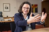 15 MAR 2018, BERLIN/GERMANY:<br /> Andrea Nahles, SPD Fraktionsvorsitzende, waehrend einem Interview, in ihrem Buero, Jakob-Kaiser-Haus, Deutscher Bundestag<br /> IMAGE: 20180315-01-022<br /> KEYWORDS: Büro