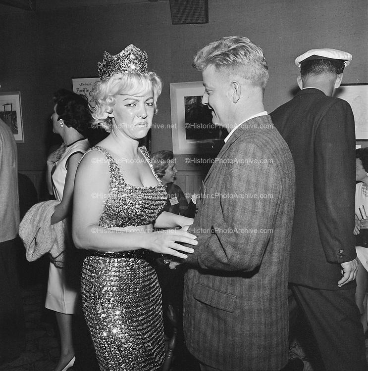 Y-620916-05-11. Oregon Restaurant Association first annual convention, Hotel Gearhart, Surfside Motel. September 16/17/18, 1962