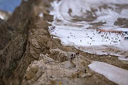 THEMENBILD - Touristen am Kitzsteinhorn Gletscher an einem heissen Sommertag bei der Ice Arena mit einem Tilt & Shift Objektiv aufgenommen am 13. August 2018 in Kaprun, Österreich // Tourists spend their time on the Kitzsteinhorn Glacier on a hot summer day at the Ice Arena taken with a tilt & shift lens, Kaprun, Austria on 2018/08/13. EXPA Pictures © 2018, PhotoCredit: EXPA/ JFK
