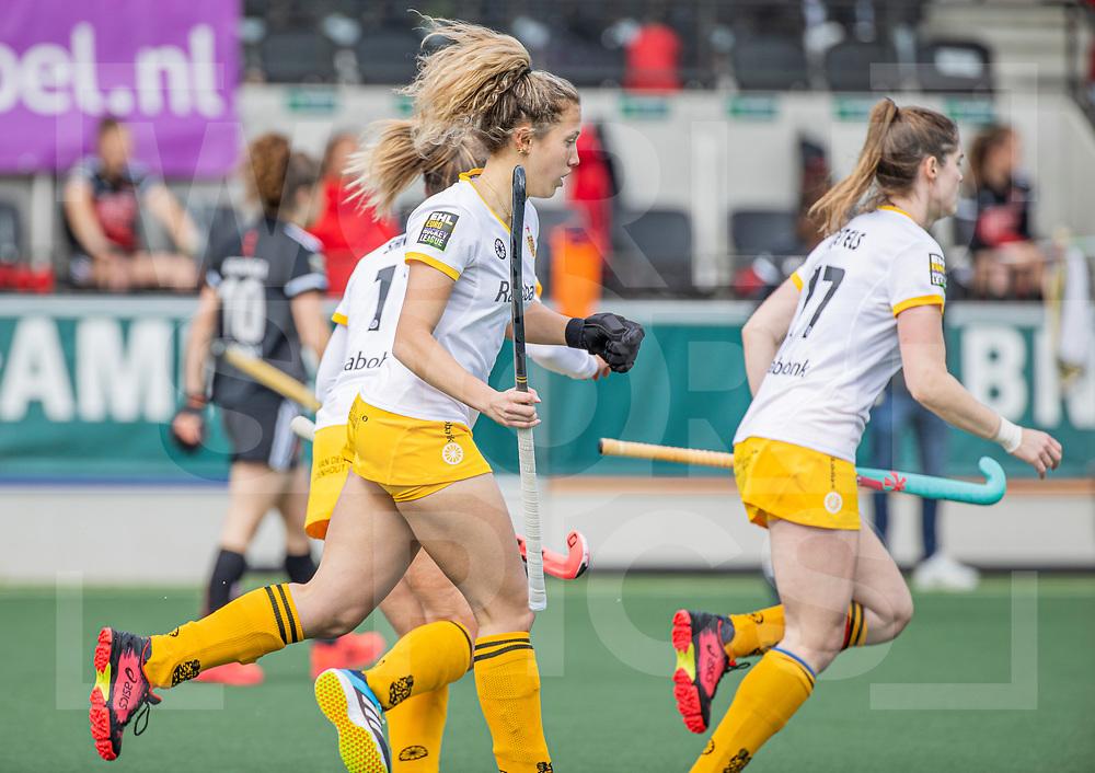 AMSTELVEEN - Noor Omrani (DenBosch) heeft gescoord  tijdens  de hoofdklasse hockey competitiewedstrijd dames, Amsterdam-Den Bosch (0-1)  COPYRIGHT WORLDSPORTPICS KOEN SUYK