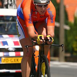 Sportfoto archief 2006-2010<br /> 2009<br /> Ellen van Dijk prolongeerd haar tijdrit titel. Haar Zeedese ploegmaat Emilia Fahlin werd tweede en Marianne Vos derde.