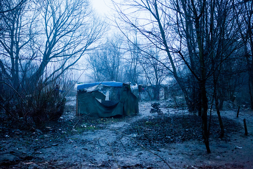 A new shanty village close to Lunik IX. Some 95% of former inhabitants of the demolished houses in Lunik IX had no renting contract and with that no right for a compensatory flat. A few hundred meters beside Lunik IX grows a new shanty village with those families, they do not know where else to go.