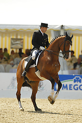 ZAGERS Johan, Question de Liberte<br /> Lingen Dressurfestival - 2011<br /> Grand Prix de Dressage<br /> © www.sportfotos-lafrentz.de/Stefan Lafrentz