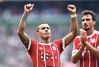 Schlussjubel Thiago Alcantara (Bayern)<br /> Bremen, 26.08.2017, Fussball Bundesliga, SV Werder Bremen - FC Bayern München 0:2<br /> <br /> Norway only
