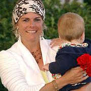 NLD/Den Haag/20050626 - Geboorte prinses Alexia, 2de dochter prinses Maxima Zorreguieta en prins Willem Alexander, prinses Laurentien en zoon Claus-Casimir