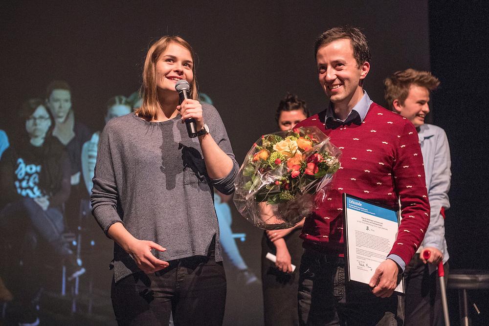 Verleihung Essaypreis 2016. Pascal Koestinger gewinnt den dritten Preis. © Adrian Moser