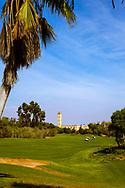 08-10-2015 -  Foto van Uitzicht op een moskee bij Golf du Soleil in Agadir, Marokko. De 36 holes van Golf du Soleil werden ontworpen door Fernando Muela en Gerard Courbin.